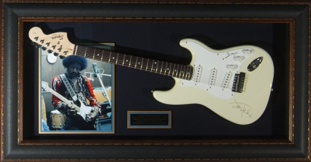 GUITAR DISPLAY - JIMI HENDRIX
