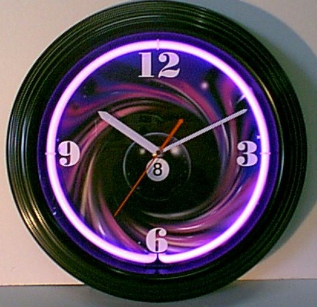 8 Ball Swirl Clock