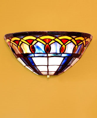 Stained Glass Tiffany Inspired Battery Powered Sconce